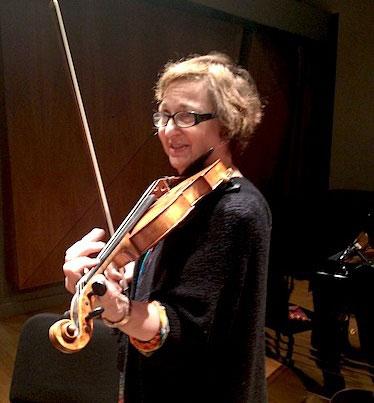 Almita Vamos, Violin