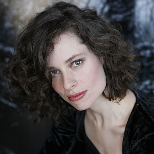 Caitlyn Boyle, Viola