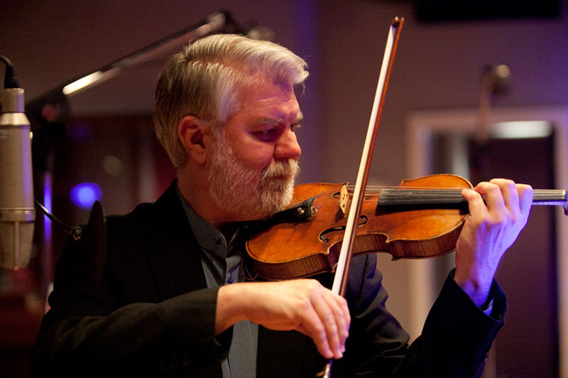 Davis Brooks, Violin