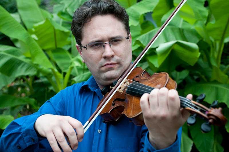 Tarn Travers, Violin