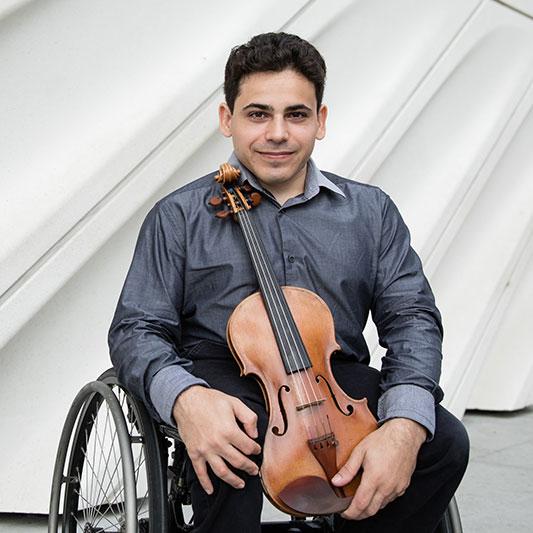 Niv Ashkenazi, Violin